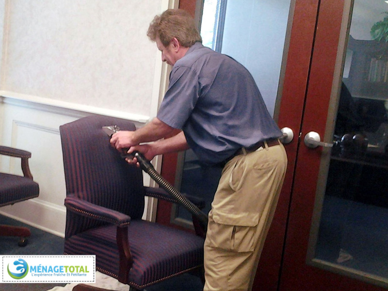 How-to-clean-a-chair