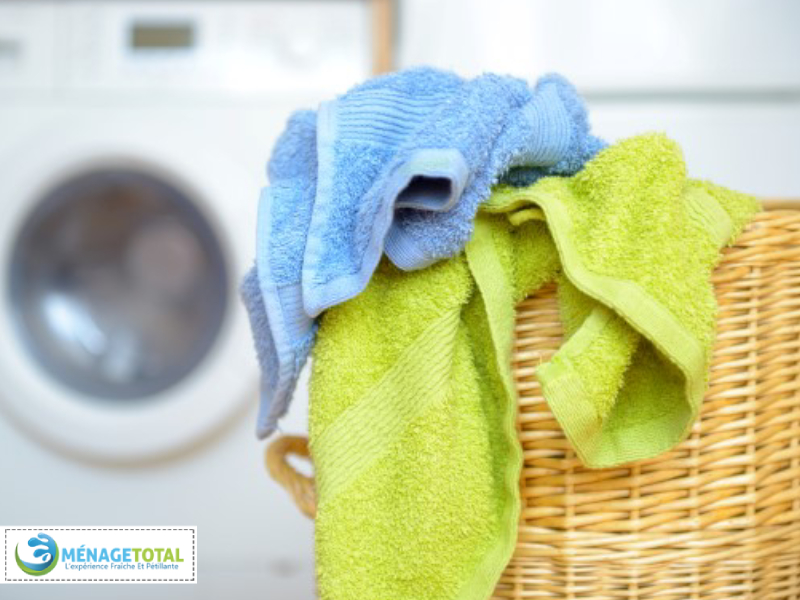 Replace towels and mats in the bathroom (5 minutes).