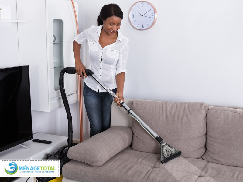 Sofa-Stain-Cleaning