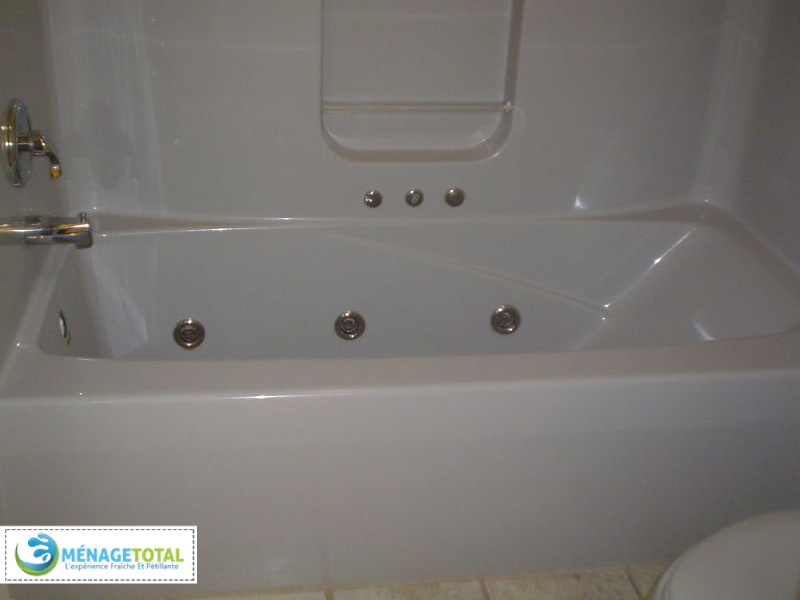Tub and Shower Cleaning
